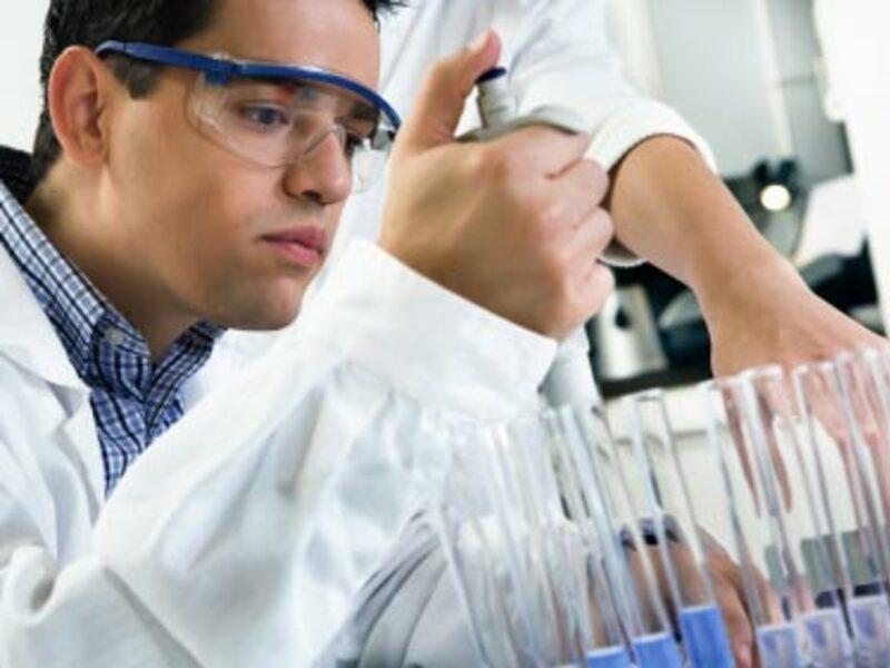 wissenschaftliches Labor - Foto: iStockphoto.com / LajosRepasi