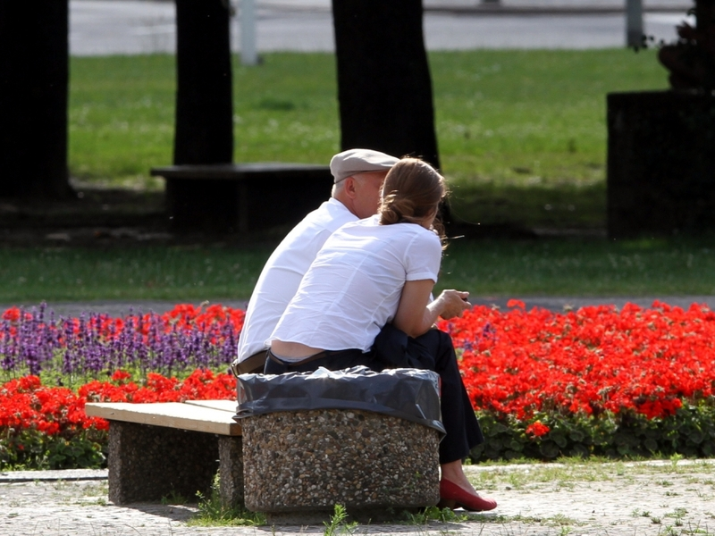 Alter Mann und junge Frau - Foto: über dts Nachrichtenagentur