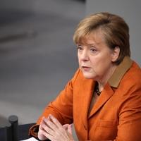 Angela Merkel schaut überrascht - Foto: über dts Nachrichtenagentur