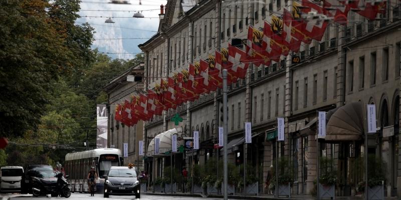 Schweiz-Fahnen in Genf - Foto: über dts Nachrichtenagentur
