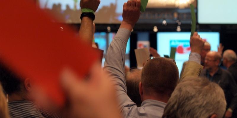 Abstimmung auf dem Gründungsparteitag der Alternative für Deutschland am 14.04.2013 - Foto: über dts Nachrichtenagentur