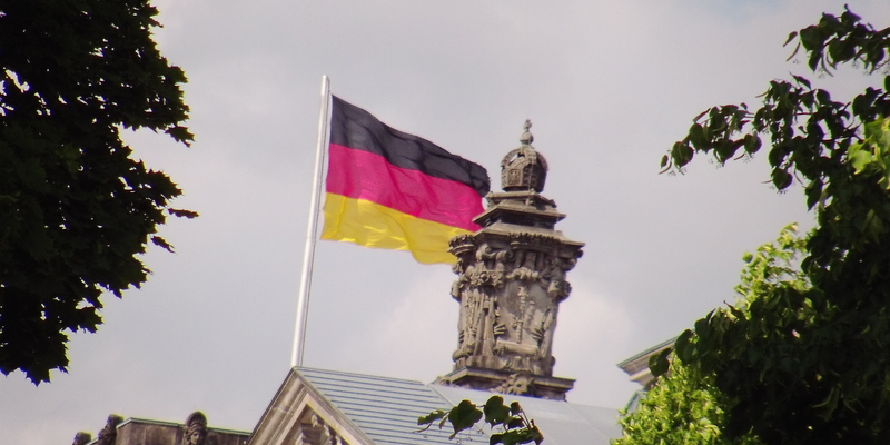 Fahne Deutschland - Foto: ad-hoc-news.de