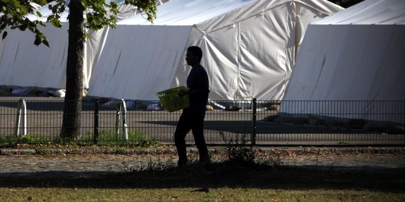Flüchtling in einer Zeltstadt - Foto: über dts Nachrichtenagentur