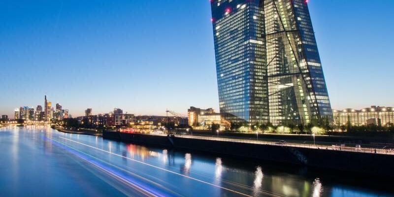 EZB in Frankfurt am Main - Foto: Boris Roessler/Archiv