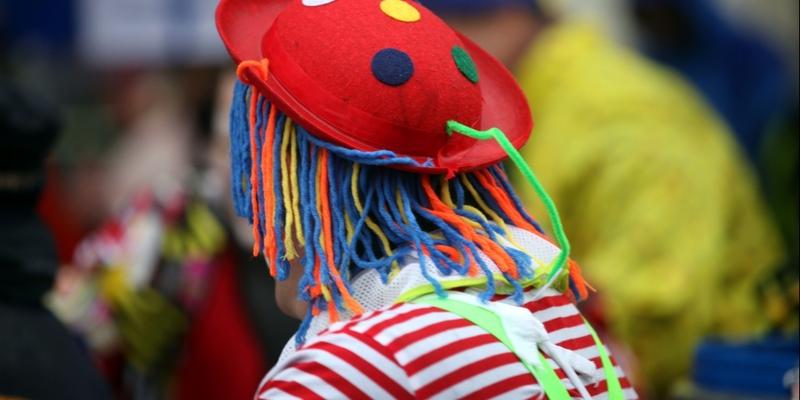 Clown im Straßenkarneval - Foto: über dts Nachrichtenagentur