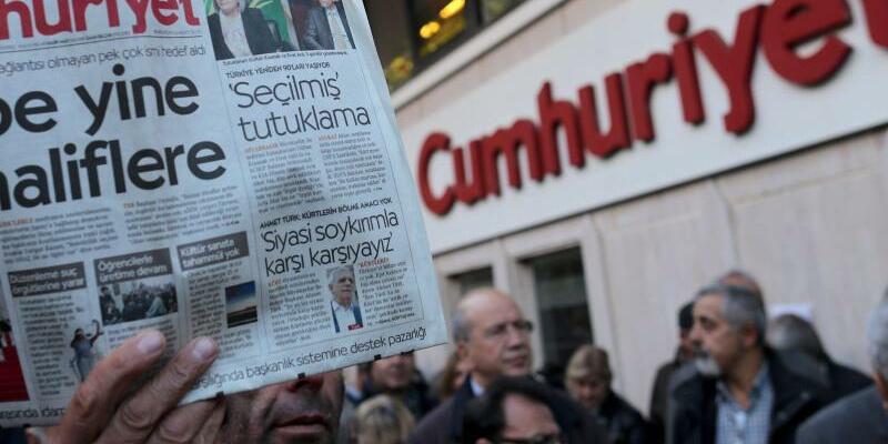 Protest in Istanbul - Foto: Sedat Suna
