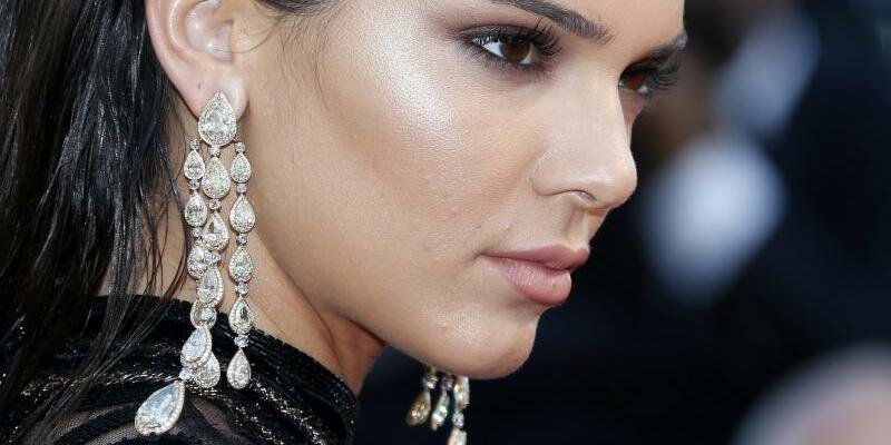 Kendall Jenner - Foto: Kendall Jenner zieht sich zurück. Foto:Julien Warnand