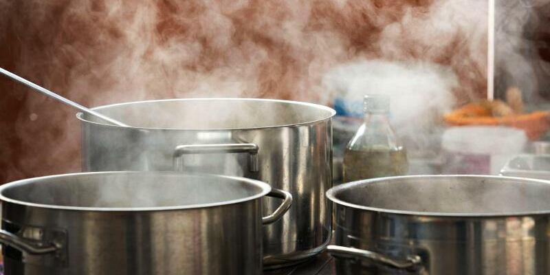 Gastgewerbe - Foto: Der Umsatz in der Gastronomie stieg binnen Jahresfrist real um 3,7 Prozent und nominal um 6,0 Prozent. Foto:Jens Büttner