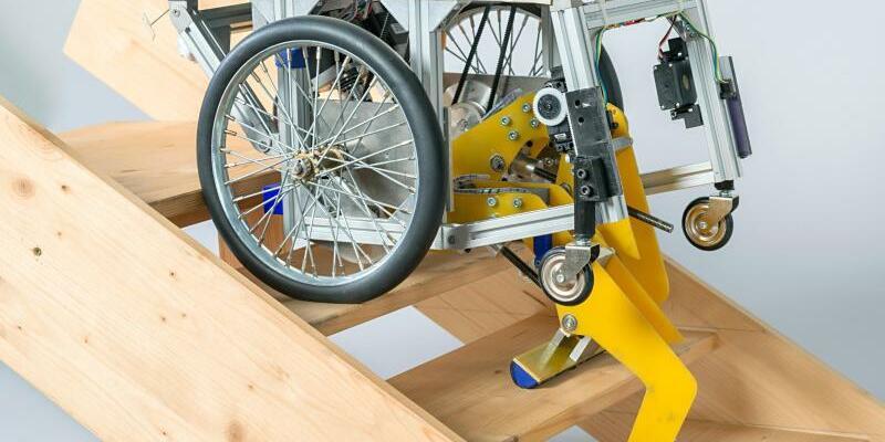 Rollstuhl zum Treppensteigen - Foto: Uli Benz/TU München