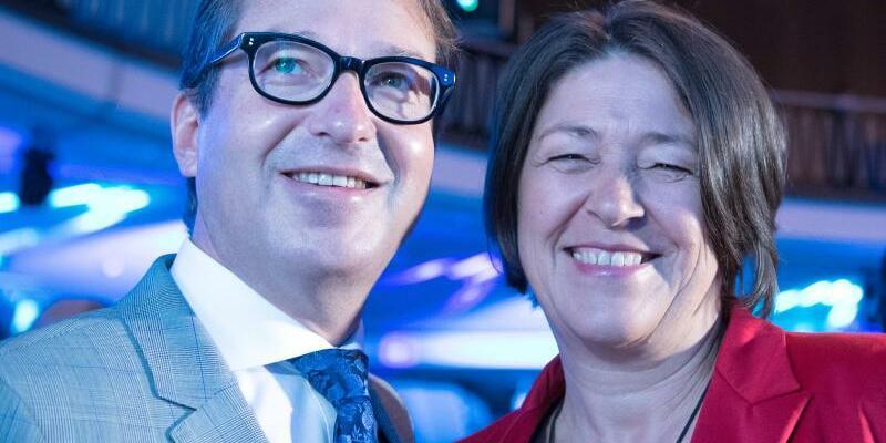 Alexander Dobrindt und Violeta Bulc - Foto: Soeren Stache/Archiv