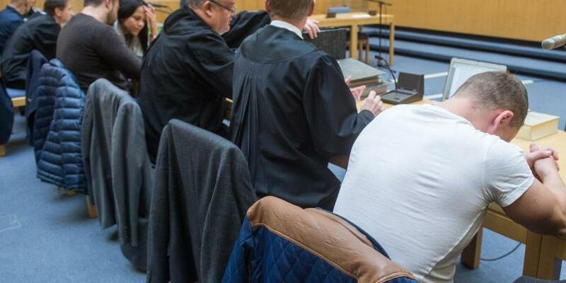 Prozess um brutalen Raubüberfall auf Senioren - Foto: Armin Weigel/Archiv