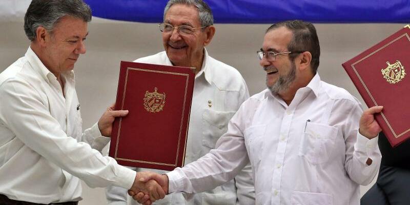 Friedensvertrag für Kolumbien beschlossen - Foto: Alejandro Ernesto/Archiv