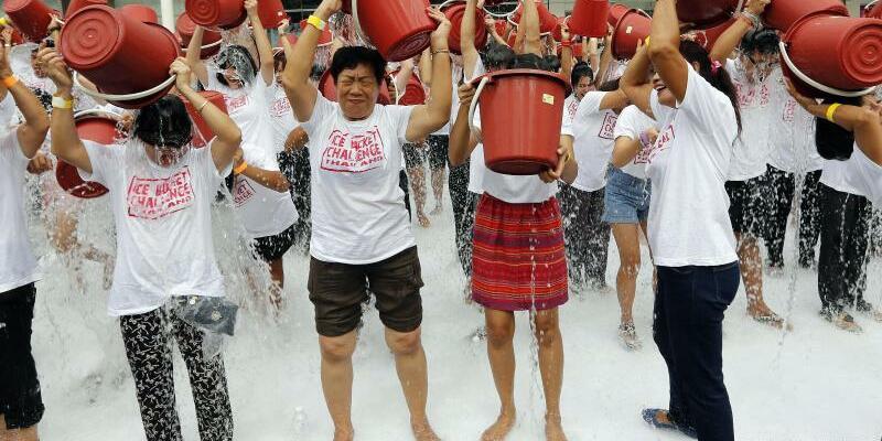 «Ice Bucket Challenge» - Foto: Narong Sangnak
