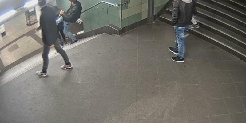 Polizei sucht Täter mit Video - Foto: Polizei Berlin/dpa