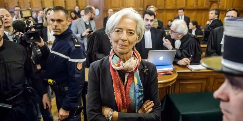 Christine Lagarde - Foto: IWF-Chefin Christine Lagarde im Pariser Gerichtshof der Republik. Foto:Christophe Petit Tesson
