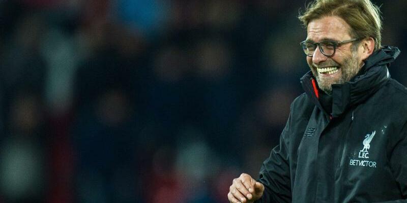 Erleichtert - Foto: Liverpool-Trainer Jürgen Klopp freut sich über den wichtigen Sieg gegen Manchester City. Foto:Peter Powell