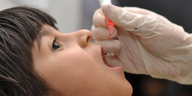 Polio-Impfung - Foto: Faour/UNICEF