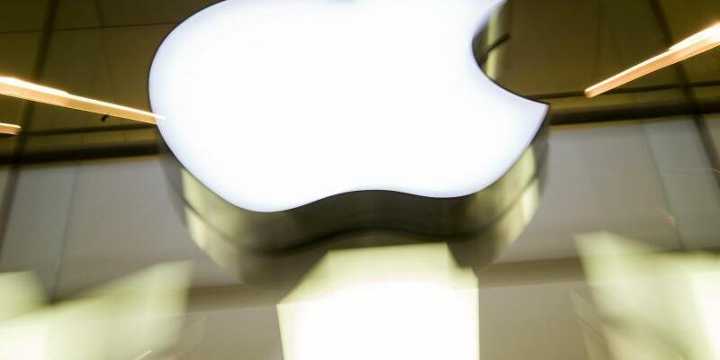 Apple - Foto: Peter Kneffel