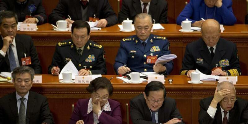 Jahrestagung des Volkskongresses - Foto: Zur Eröffnung der Plenarsitzung des Volkskongresses hatte sich Chinas Premier besorgt über die Verschuldung der Unternehmen geäußert. Foto:Ng Han Guan
