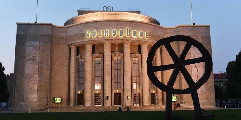 Wahrzeichen der Berliner Volksbühne - Foto: Jens Kalaene