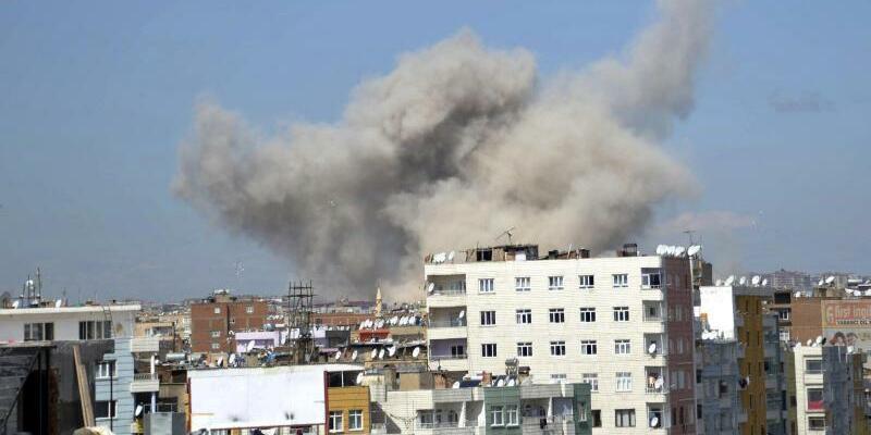 Explosion in Diyarbakir - Foto: DHA-Depo Photos/AP
