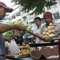 Straßenküchen in Bangkok - Foto: Stev Bonhage