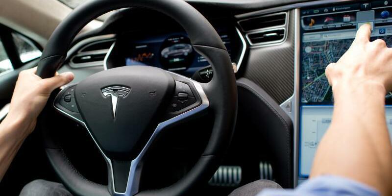 Tesla - Foto: Sven Hoppe