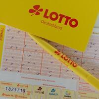 Lotto - Foto: Daniel Reinhardt/dpa