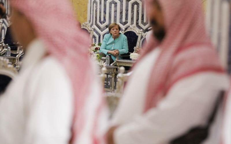 Merkel in Saudi-Arabien - Foto: Kay Nietfeld