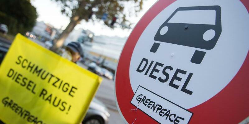 Demonstration gegen Dieselfahrzeuge - Foto: Demonstration gegen Dieselfahrzeuge in Stuttgart. Foto:Lino Mirgeler