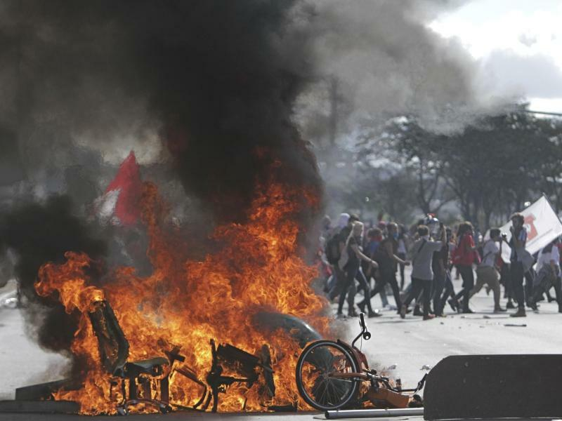 Tumulte in Brasilien - Foto: Eraldo Peres