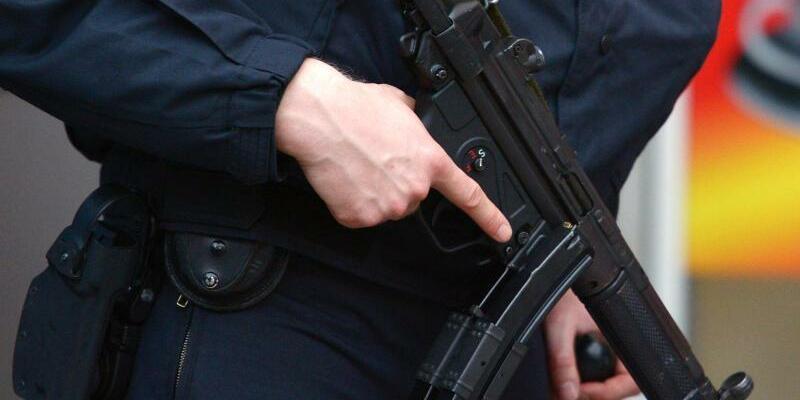 Polizeieinsatz - Foto: Rainer Jensen/Archiv