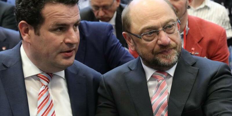 Hubertus Heil und Martin Schulz - Foto: Michael Kappeler