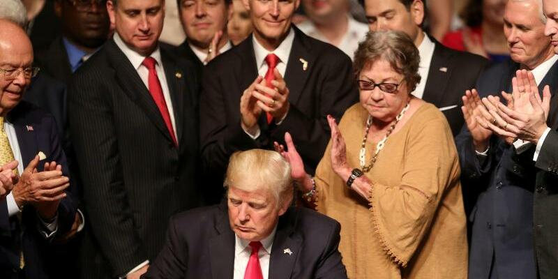 Trump - Foto: Mike Stocker