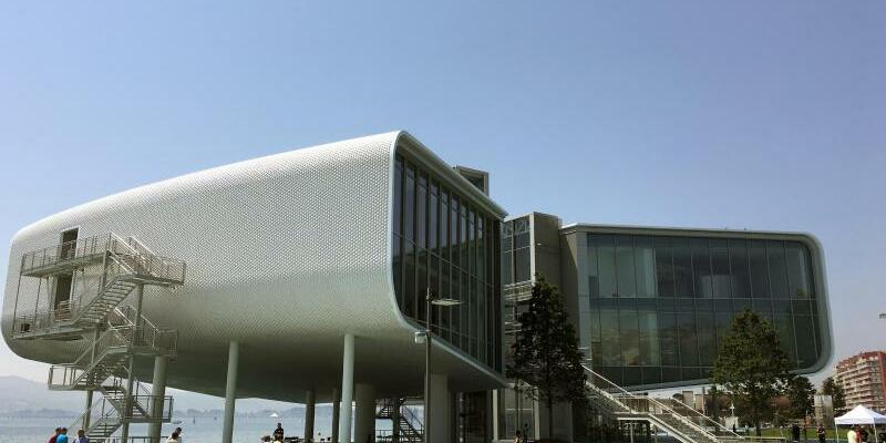 Renzo Pianos «fliegendes Gebäude» - Foto: Emilio Rappold