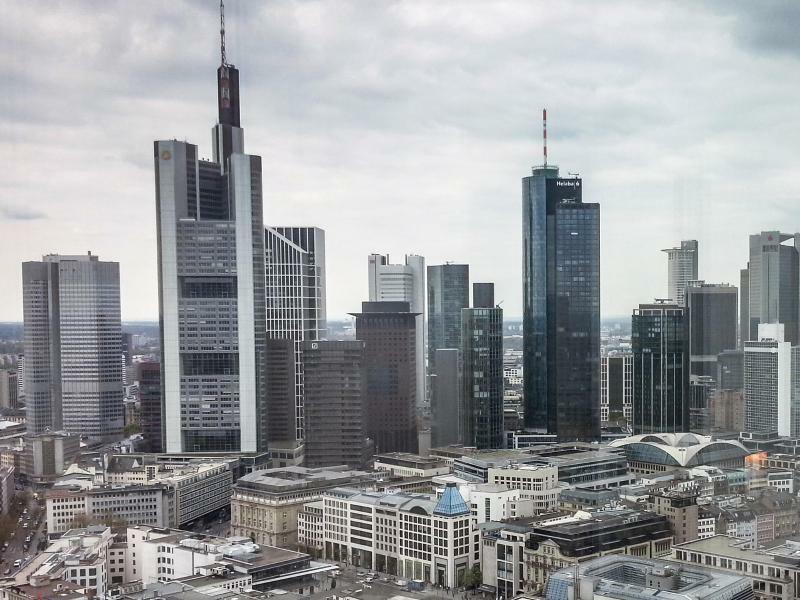 Banken-Skyline - Foto: Frank Rumpenhorst/Illustration