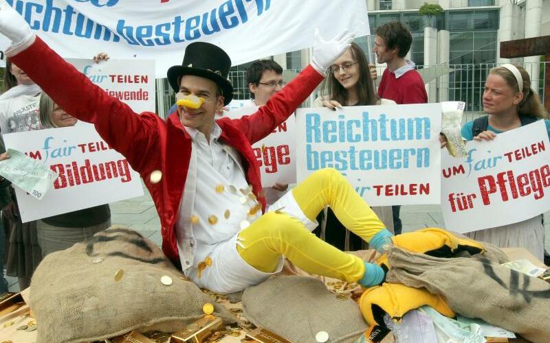 «Reichtum besteuern» - Foto: Wolfgang Kumm/Archiv