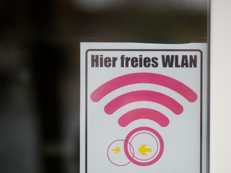 WLAN-Hotspot - Foto: Julian Stratenschulte