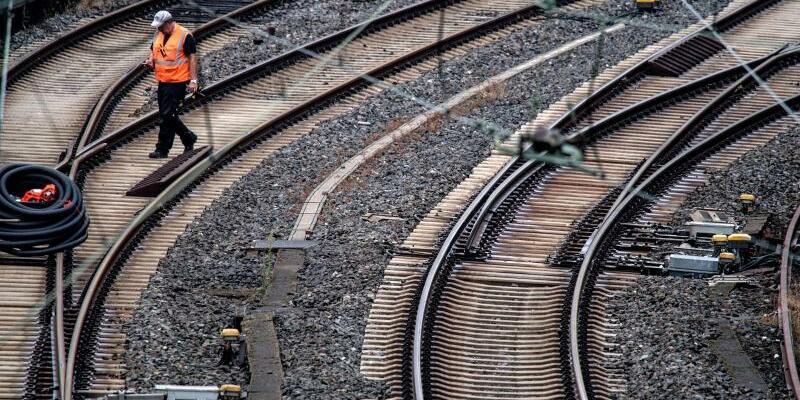 Bahnsperrung in Wuppertal - Foto: Federico Gambarini