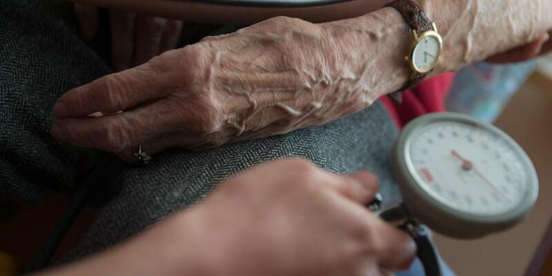 Altenpflege - Foto: Marijan Murat