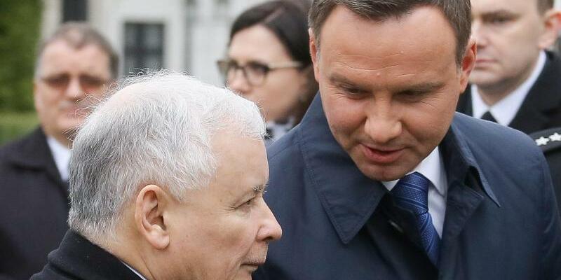 Duda und Kaczynski - Foto: Pawel Supernak/Archiv