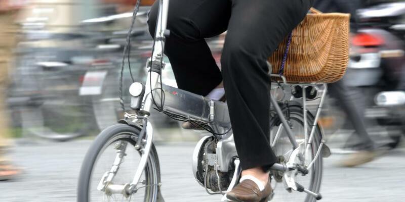 Pedelec - Foto: E-Bikes boomen - doch das Risiko eines tödlichen Unfalls ist höher als auf einem normalen Fahrrad. Foto:Tobias Hase