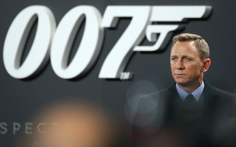James Bond - Foto: Jörg Carstensen