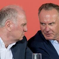 Bayern-Bosse - Foto: Uli Hoeneß (l) und Karl-Heinz Rummenigge stecken die Köpfe zusammen. Foto:Sven Hoppe