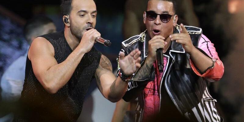 Luis Fonsi und Daddy Yankee - Foto: Lynne Sladky/AP