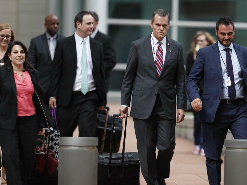 Anwalt-Team von Taylor Swift - Foto: Das Anwalt-Team von Taylor Swift hat vor Gericht in Denver einen Teilsieg errungen. Foto:David Zalubowski