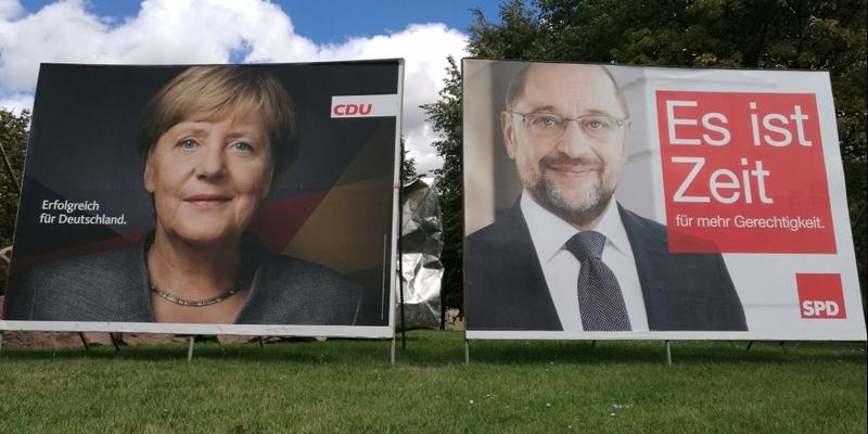 Wahlplakate mit Angela Merkel und Martin Schulz - Foto: über dts Nachrichtenagentur