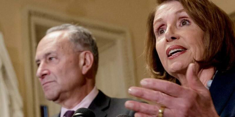 Nancy Pelosi und Chuck Schumer - Foto: J. Scott Applewhite