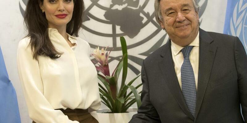 Angelina Jolie + Antonio Guterres - Foto: Mary Altaffer