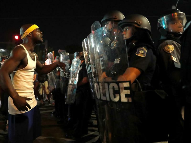 Proteste - Foto: Jeff Roberson